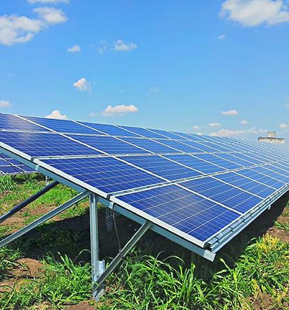 Panouri-solare-fotovoltaice-pentru-producere-energie-electrica
